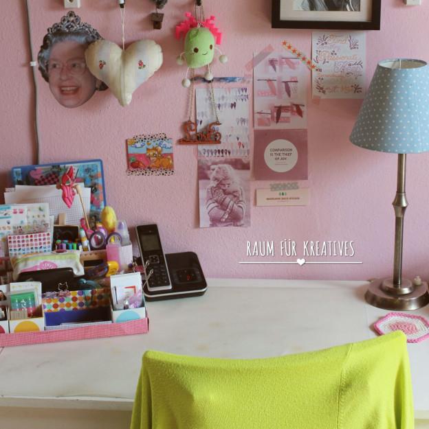 Leerer Schreibtisch: Raum für Kreatives